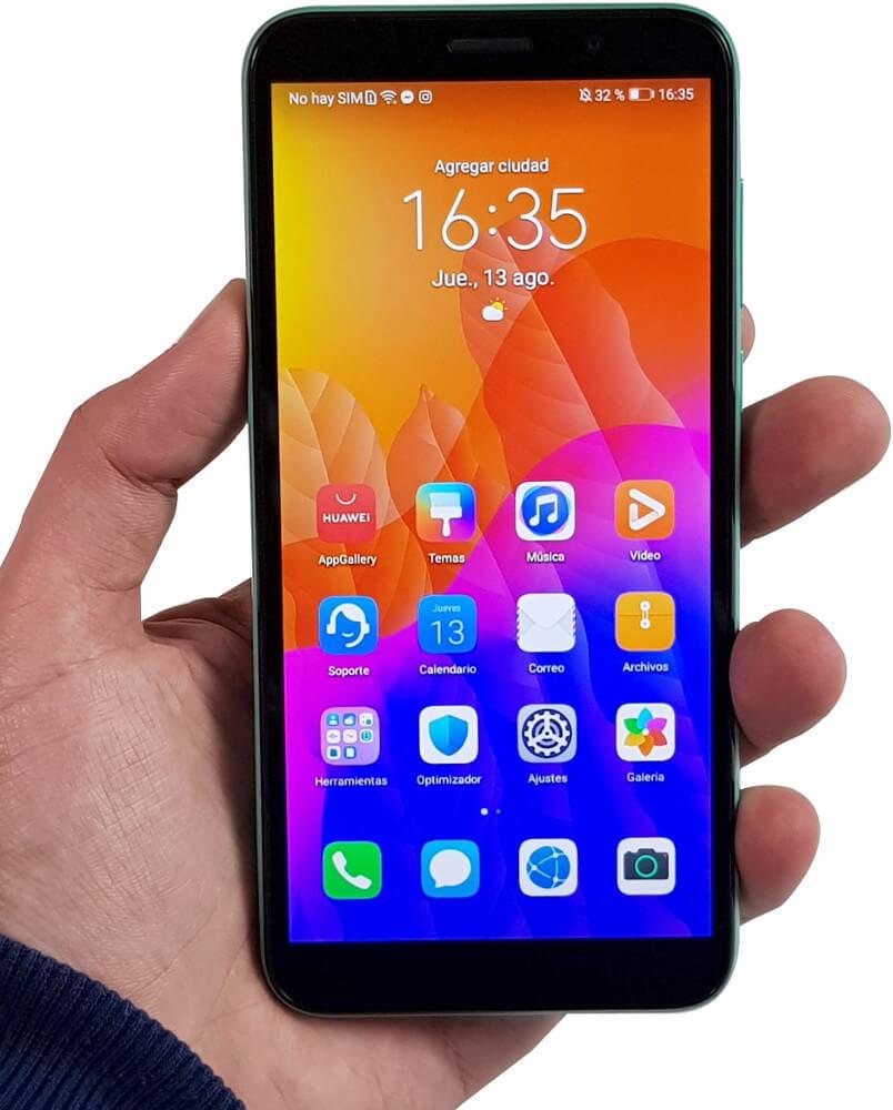 Huawei Y5P en mano