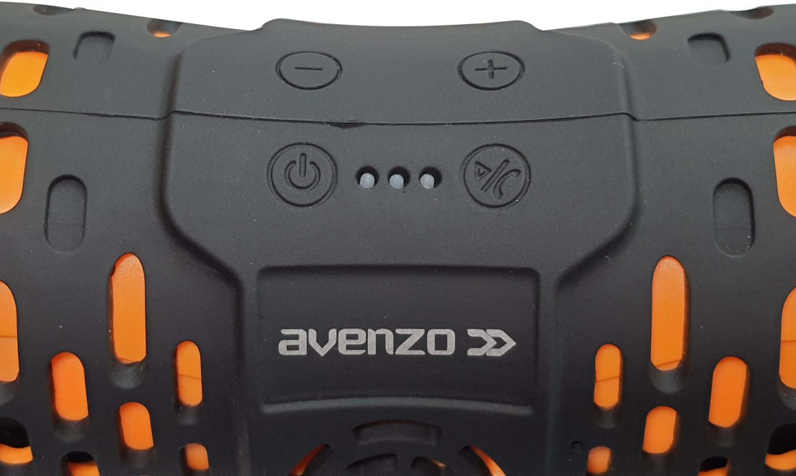 Review Avenzo SP3001: Parlante resistente al agua ideal para el verano